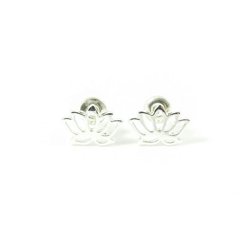 Oorbellen met lotus zilver