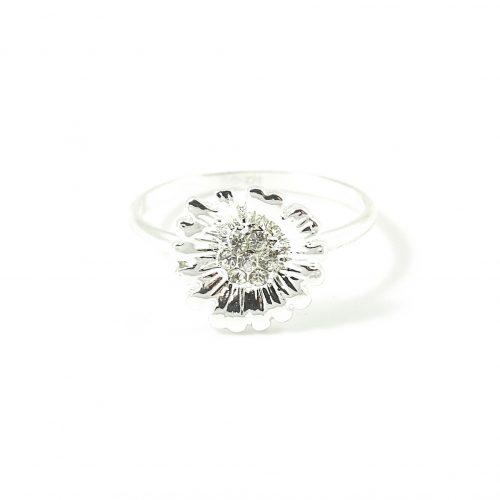 Ring met madeliefje zilver