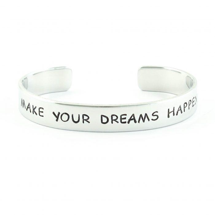 armband met tekst make your dreams happen