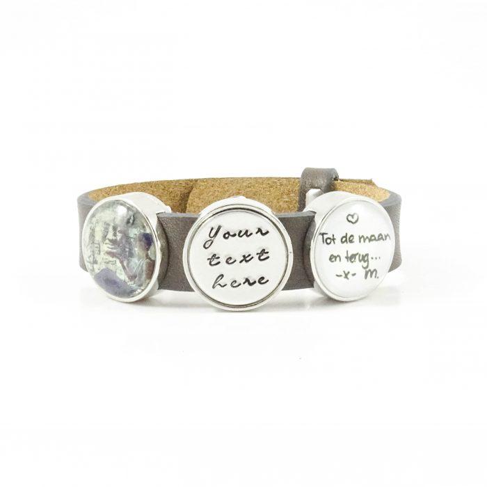 Leren armband met naam - datum - symbool sliders (verschillende lettertypen & kleuren leer)-8714