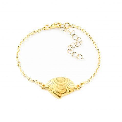 Armbandje met schelp goud