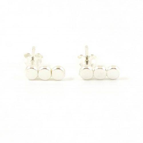 Zilveren minimal oorbellen 3 dots
