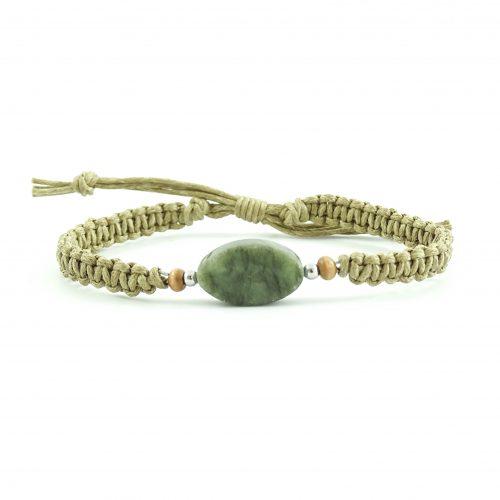 Geknoopt armbandje beige en groen
