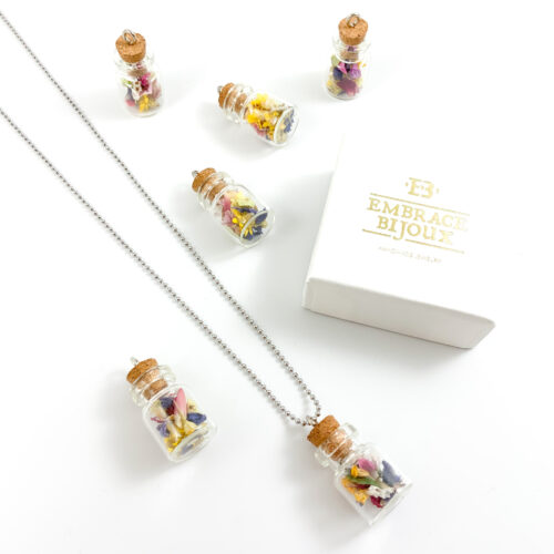 Ketting 'flowers in a bottle' stainless steel